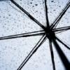 傘が開かない時、閉まらない時の対処法!原因は?身近な物で簡単に解決!