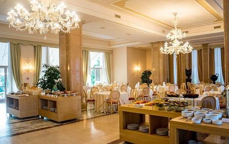 クラシックホテル